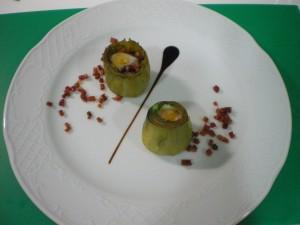 Receta Alcachofas rellenas de jamón ibérico y huevo de codorniz