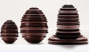 6. manufacture_de_chocolat_alain_ducasse_-_oeufs_et_cloche_de_paques_cpierre_monetta