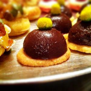 Trufas de chocolate con flor de sechuan