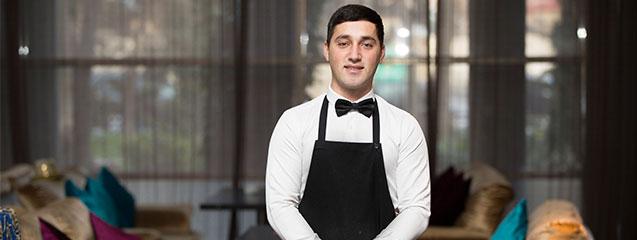 perfil de un camarero profesional
